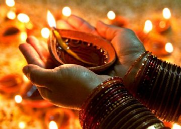 Essay on Diwali Festival (200 words)